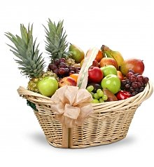 Fruit Gift Baskets: First Class Fruit Basket